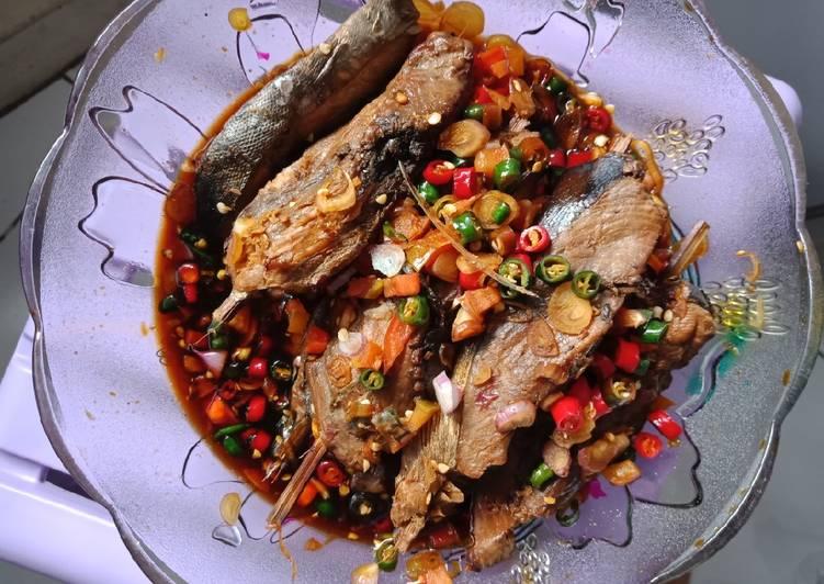 Resep: Ikan panggang (ikan asap) tongkol bumbu sate enak