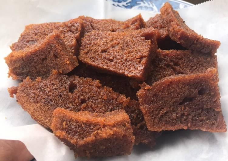 Resep: Cara memasak kue karamel (sarang semut) ala anak kos. No oven, no micxer