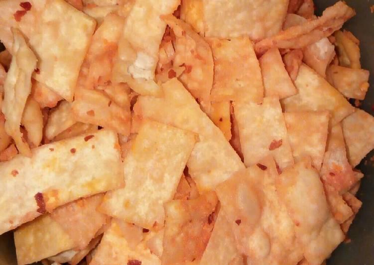 Resep: Cemilan murah meriah (krupuk pangsit rasa jagung bakar pedas)