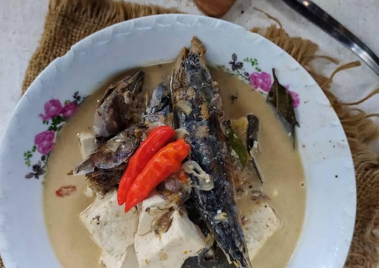 Resep: Mangut Ikan Cuwe dengan bumbu iris ala semarangan enak