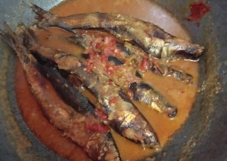 Resep: Ikan panggang kuah manggut.