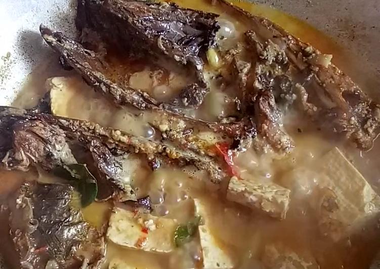 Cara Mudah memasak Mangut kepala manyung tahu tempe