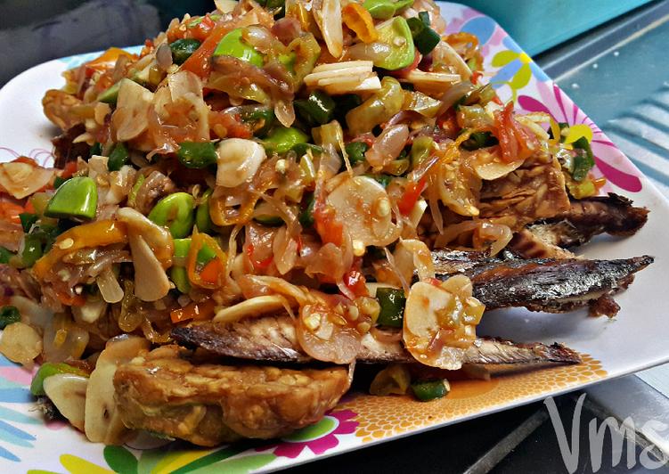 Cara memasak HOT pindang tempe siram Matah pete