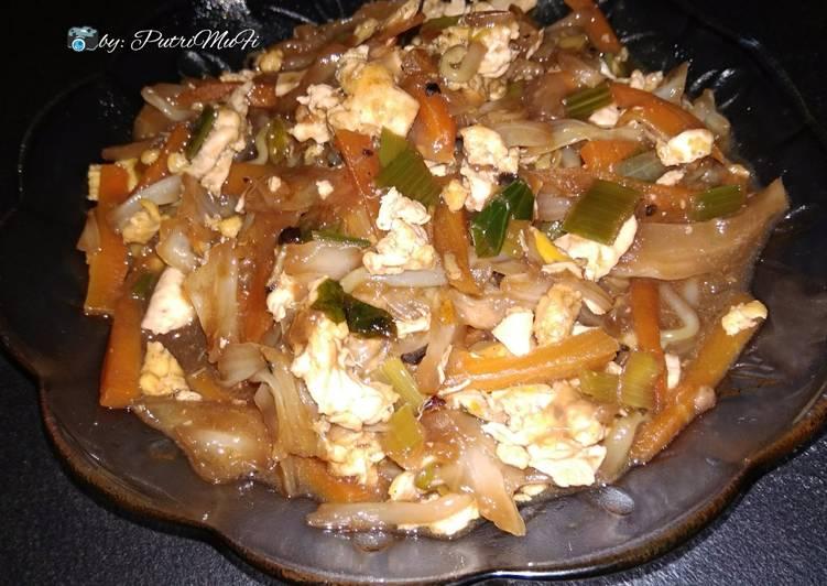 Resep memasak Telur mix kol tauge wortel saus lada hitam