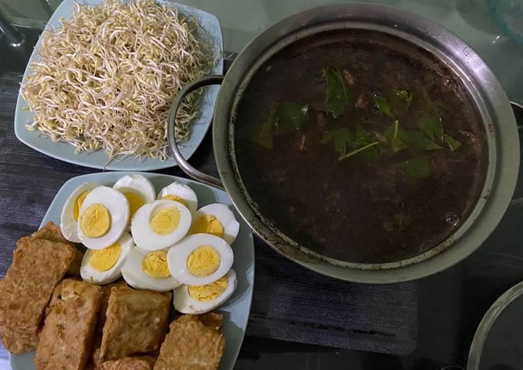 Resep mengolah Rawon daging sapi lezat