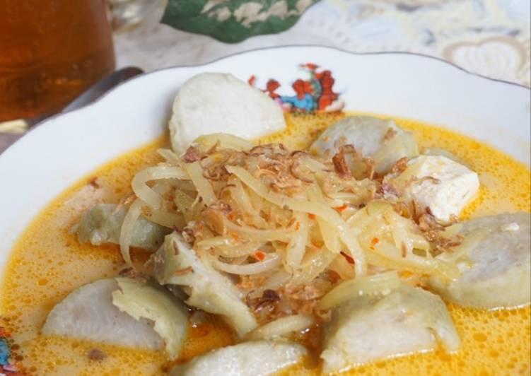 Resep: Lontong sayur (sambel goreng labu siam tahu)