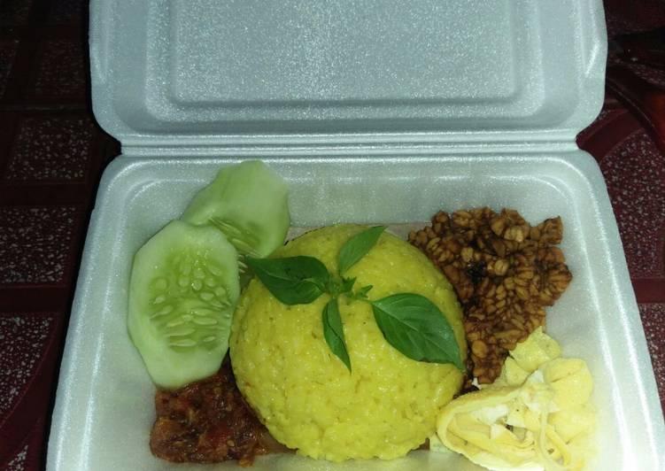 Resep: Nasi kuning ala Banyuwangi @rkab