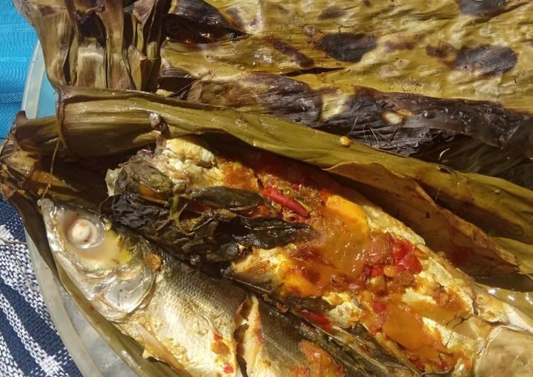 51. Pepes Ikan bandeng