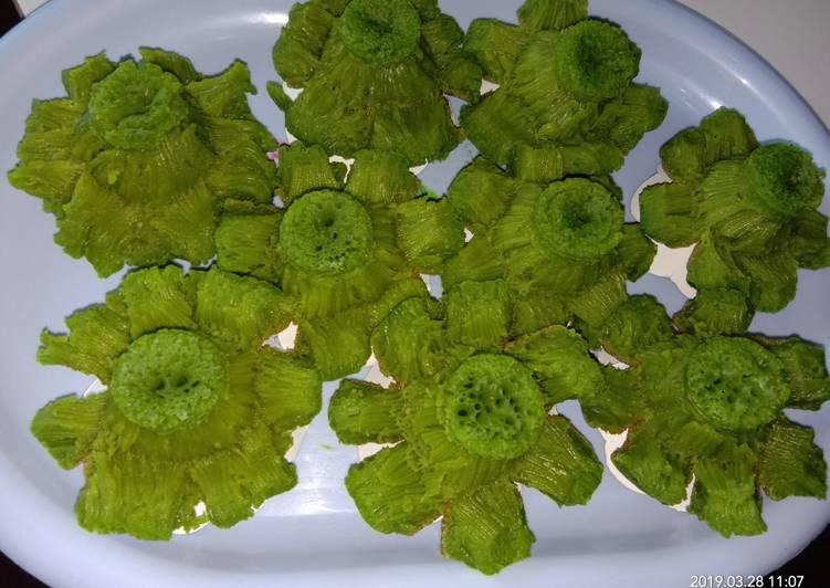 Resep: Bikang mawar daun suji+pandan part 2 istimewa