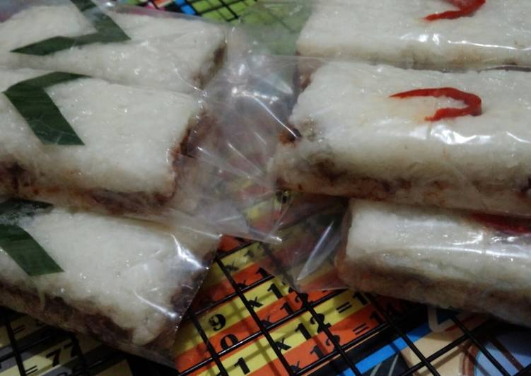 Lemper Rice Cooker isi Abon