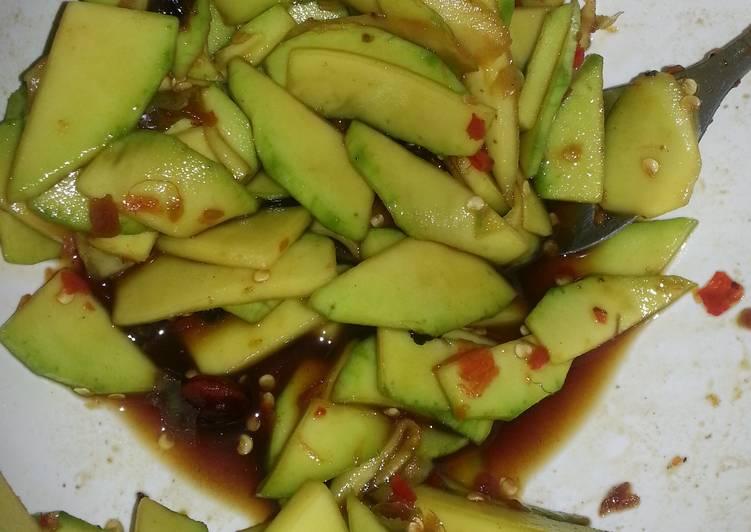 Cara memasak Rujak Mangga muda asam pedas manis gurih enak