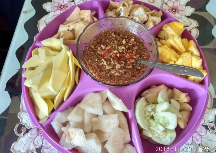 Resep: Rujak buah manis (rujak legi) istimewa