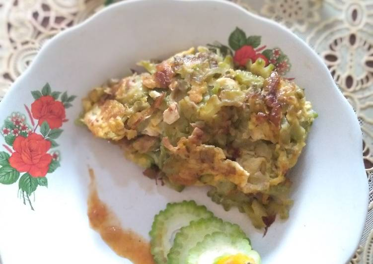 Resep: Telur Dadar Pare khas Pontianak
