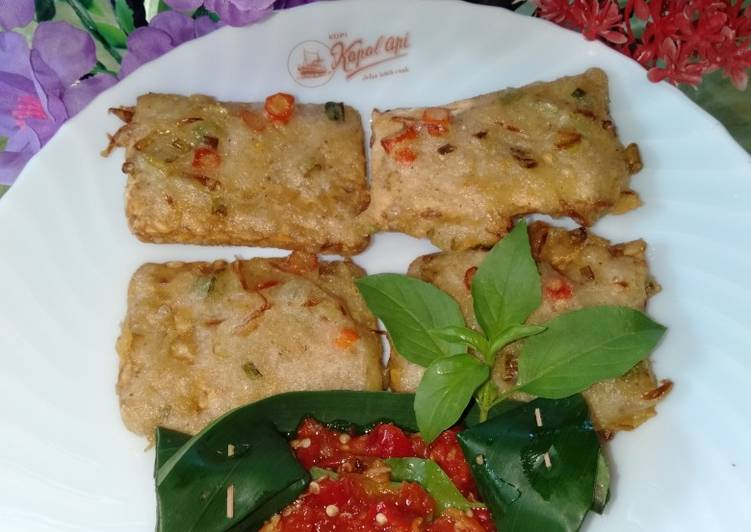 Resep membuat Tempe goreng campur daun bawang