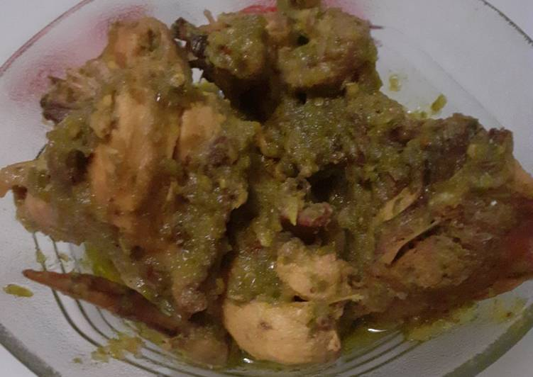 Resep memasak Ayam sambal ijo