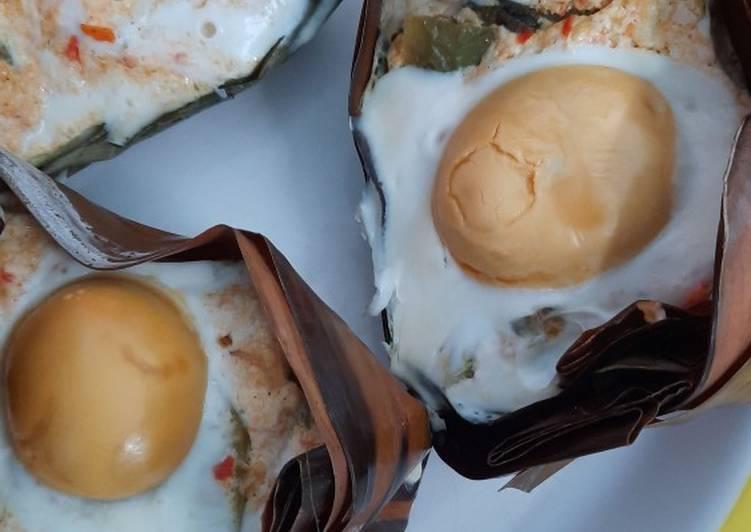 Resep: Botok telur asin mantul