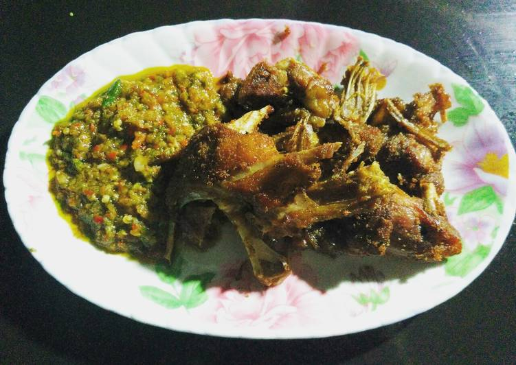 Resep: Bebek goreng sambal cabe ijo