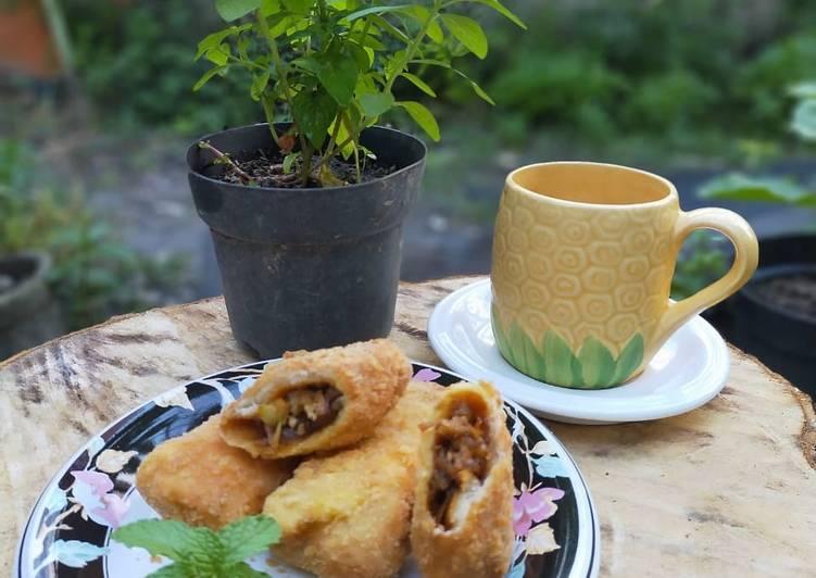 Resep: Roti goreng isi bebek lada hitam istimewa