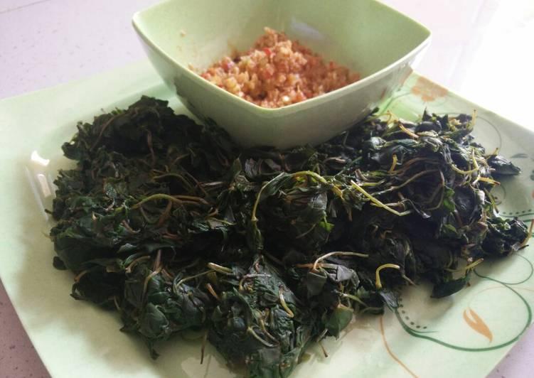 Resep mengolah Semanggi sambal sereh
