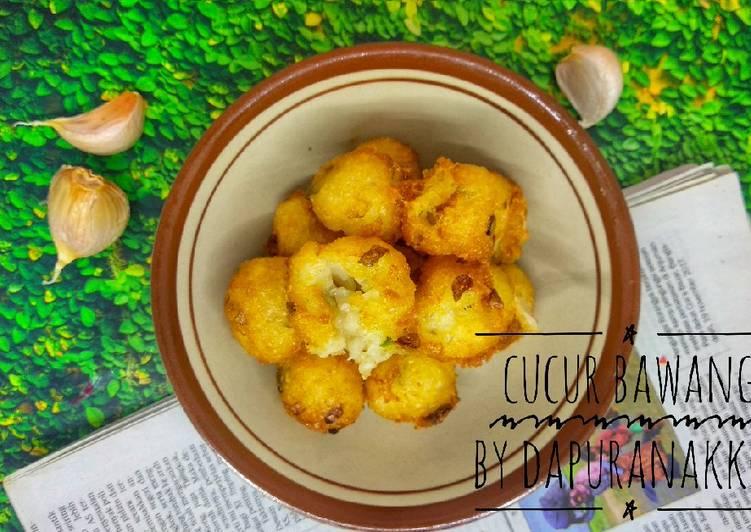 Cara membuat Cucur bawang enak