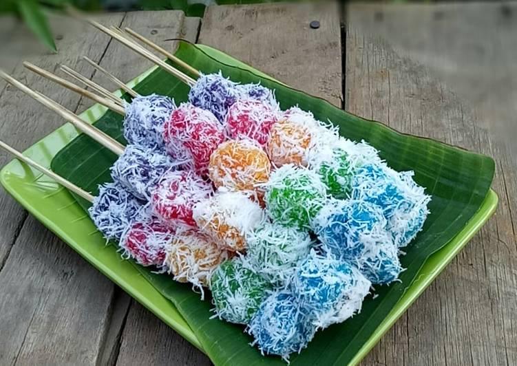 Cara Mudah memasak Sate Singkong Pelangi a.k.a Sunduk Urut khas Sidoarjo