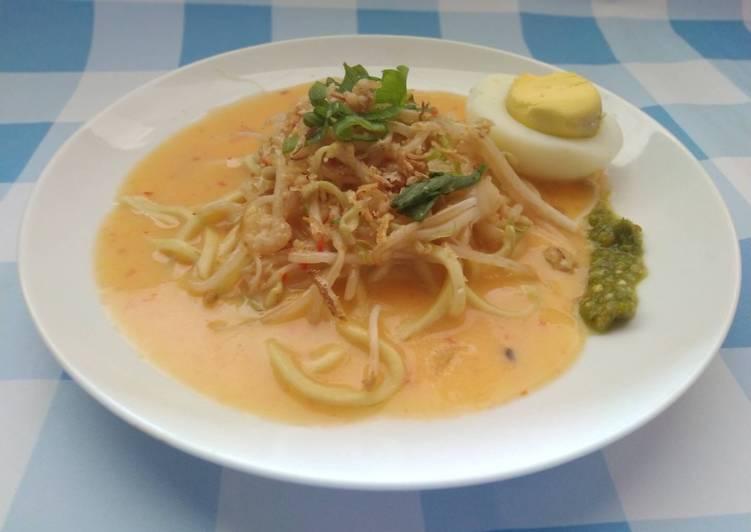 Cara Mudah memasak Mie celor (mie rebus Palembang)