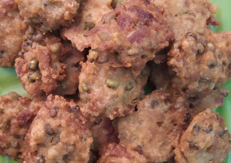 Cara membuat Bakwan Menjes dan Kacang Hijau enak