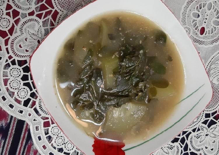 Resep: Sayur bobor daun kelor dan labu putih enak