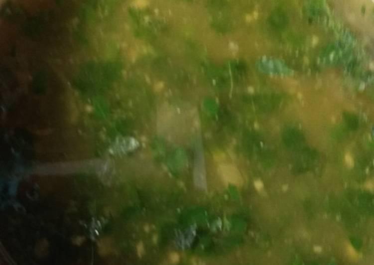 Cara memasak Kuah daun kelor