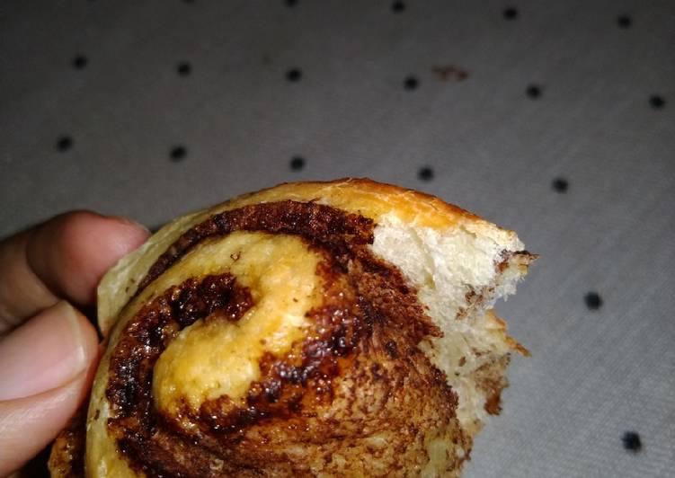 Resep: Cinnamon rolls topping cream cheese