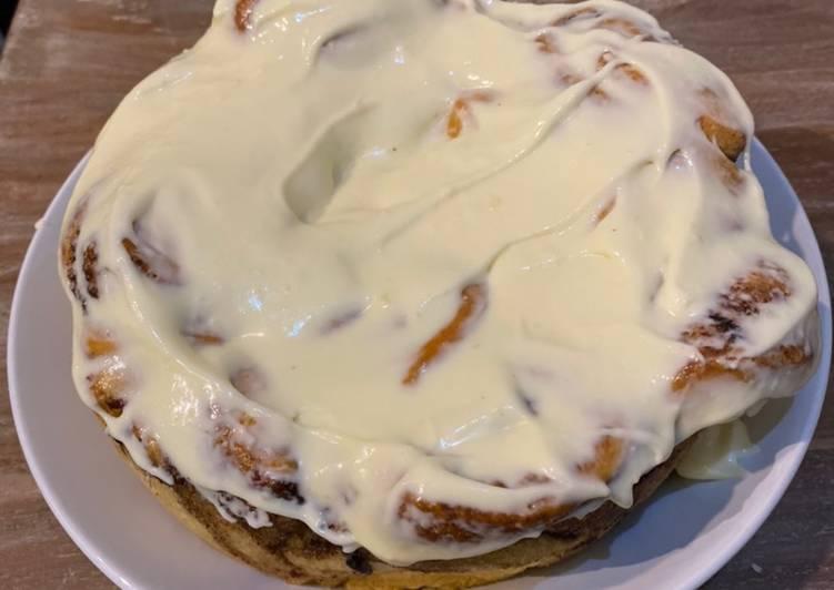 Cara membuat Cinnamon roll with Cream Cheese topping