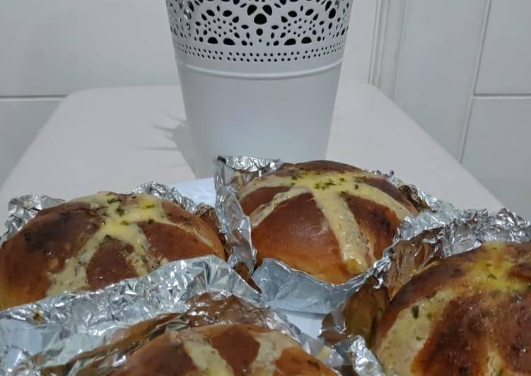 Resep: Korean garlic cream cheese bread 🥯🥯 istimewa