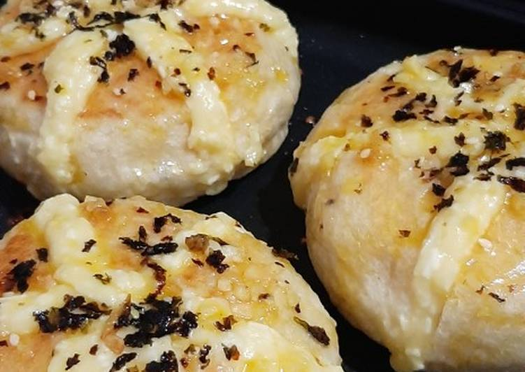 Resep: Korean Garlic Cheese Bread Teflon | Alternatif cheese cream lezat