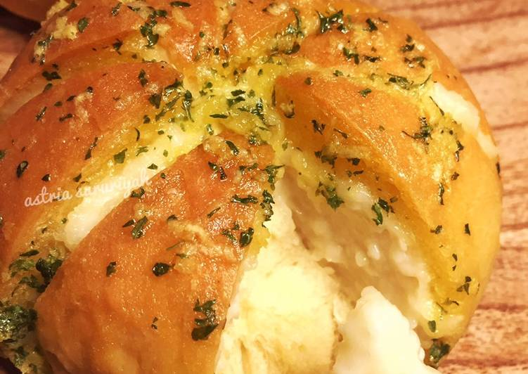 Cara mengolah Korean garlic cheese bread