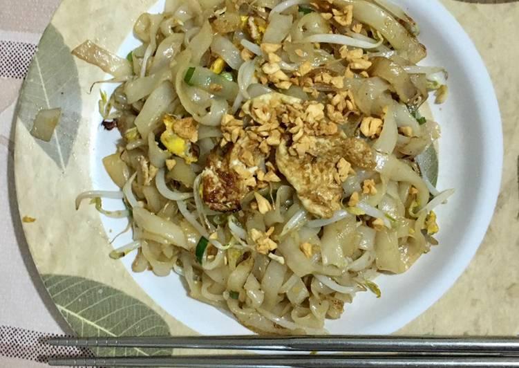 Cara memasak Kwetiau goreng polos (tanpa sayur hijau) pek cha enak
