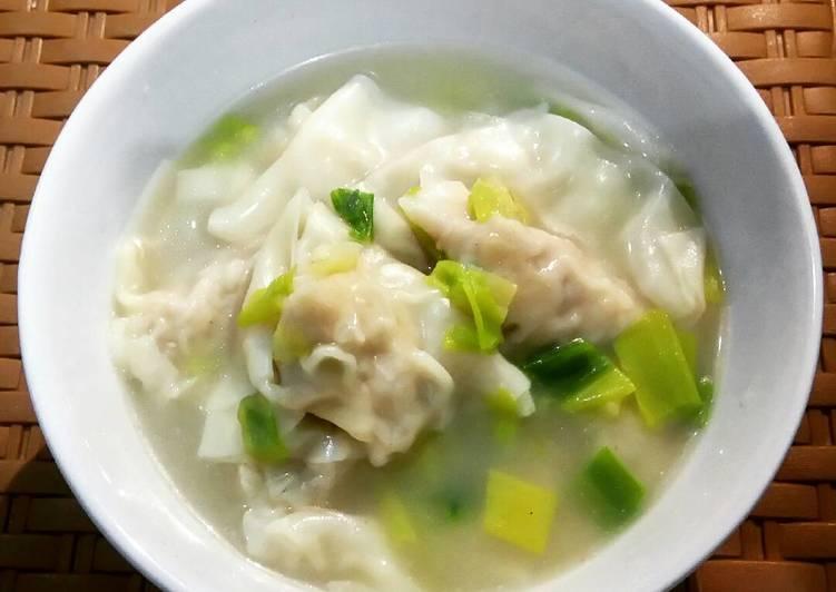 Resep: Wonton soup / kuah pangsit enak