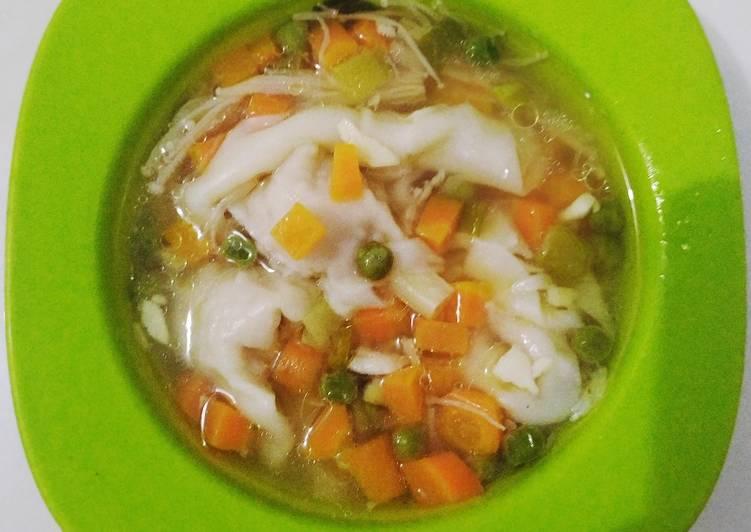 Cara mengolah Wonton soup ceria.