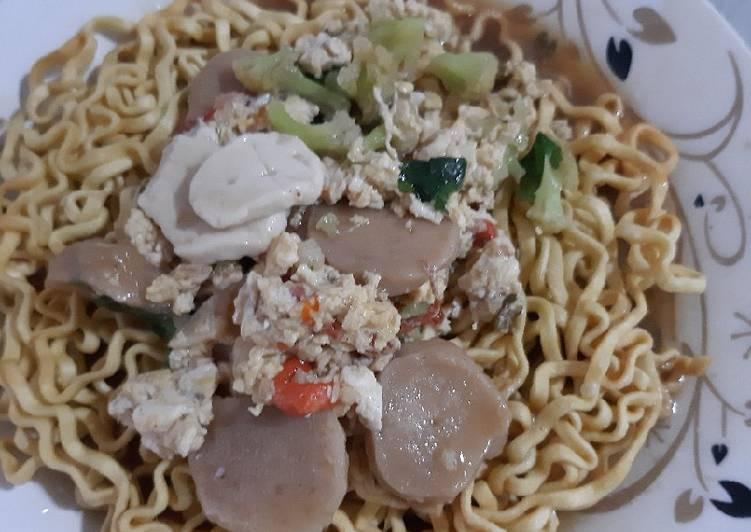 Resep: Ifumi goreng siram istimewa