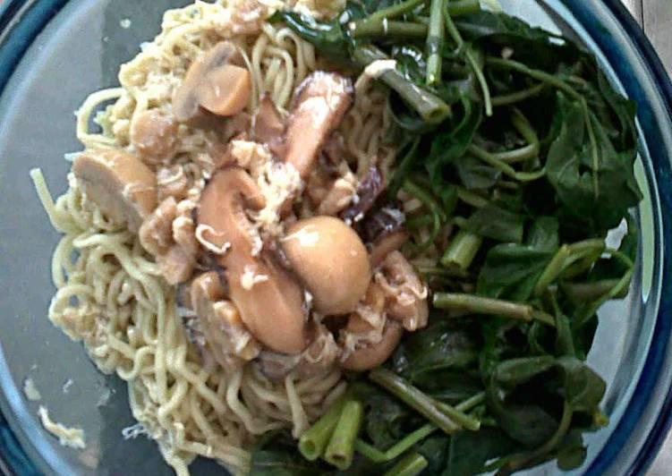 Resep: Lomie (Mie kangkung) Vegetarian lezat