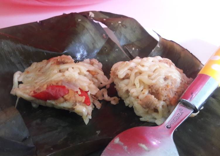 Resep: Lomie(lontong mie) isi oncom pedes