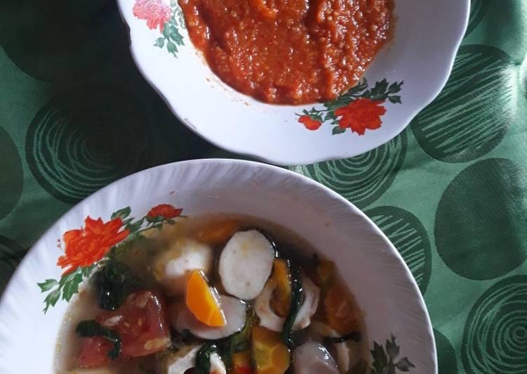 Cara membuat Sup seafood kangkung kuah tomyam istimewa