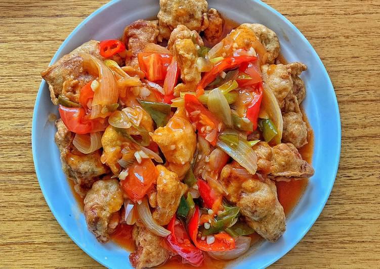 Koloke (ayam goreng tepung saus asam manis)