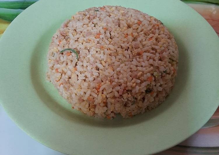 Cara memasak Nasi telur goreng ala korea