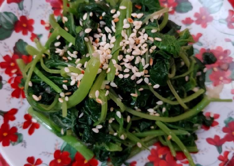 Resep: Sigeumchi namul (side dish bayam ala korea) istimewa