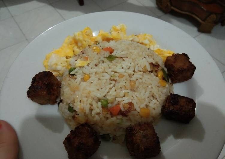 Resep: Fried rice butter with beef saikoro lezat