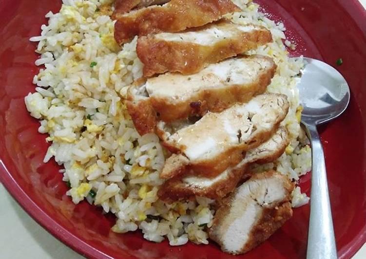 Resep membuat Butter fried rice with Chicken katsu/Nasi goreng mentega dengan ayam katsu