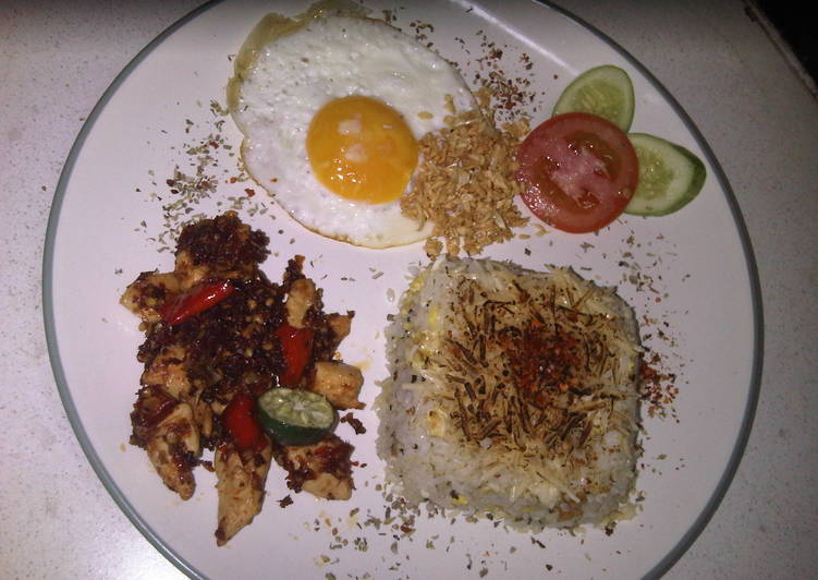 Resep: Italian cheese butter rice with chilli chick n' egg