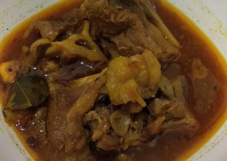 Cara memasak Rawon buntut + tetelan sapi enak