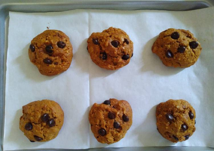 Resep: Soft cookies almond chocochip