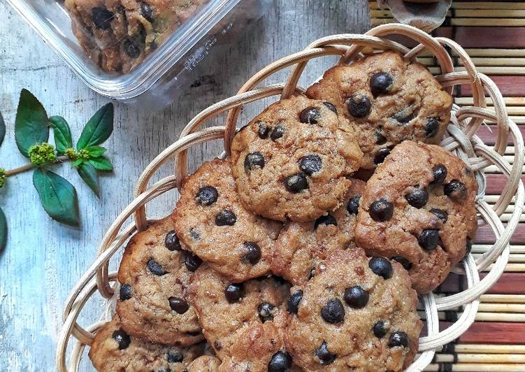 Resep: Soft chocolate chips cookies